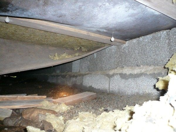 dårlig lukt fra kjeller/bod til soverom - 2011 020.jpg - MTN