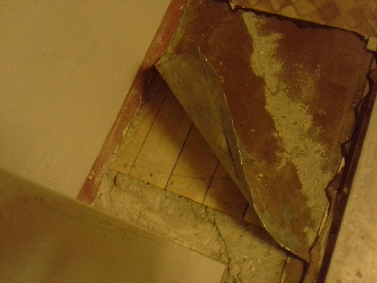 Legge gulv på gammelt skjevt kjøkken - ByggeBolig
