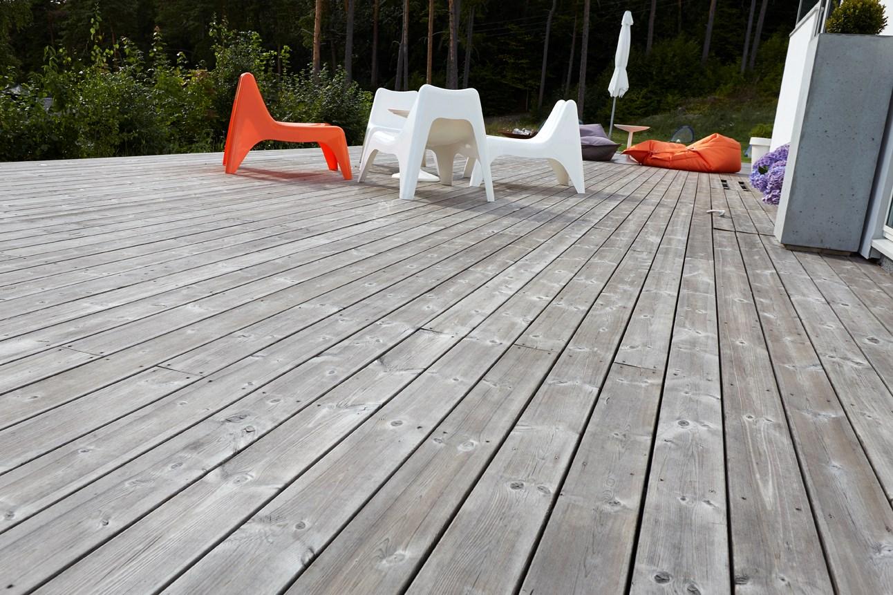 Malmfuru terrassebord