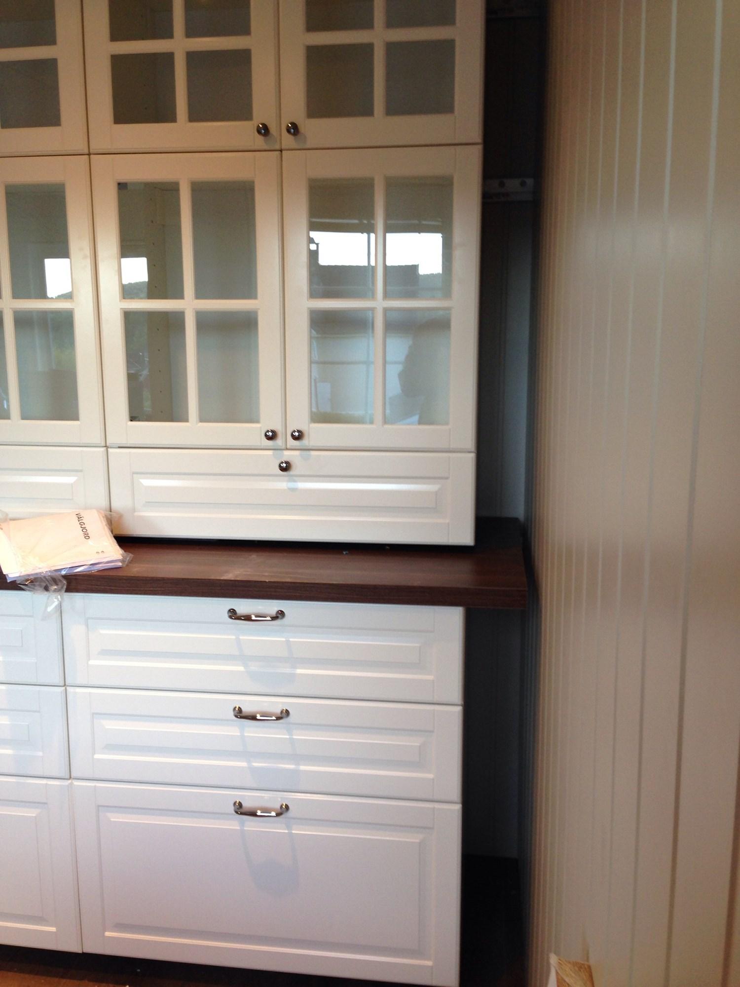 hjelp til siste finish p ikea kj kken byggebolig. Black Bedroom Furniture Sets. Home Design Ideas