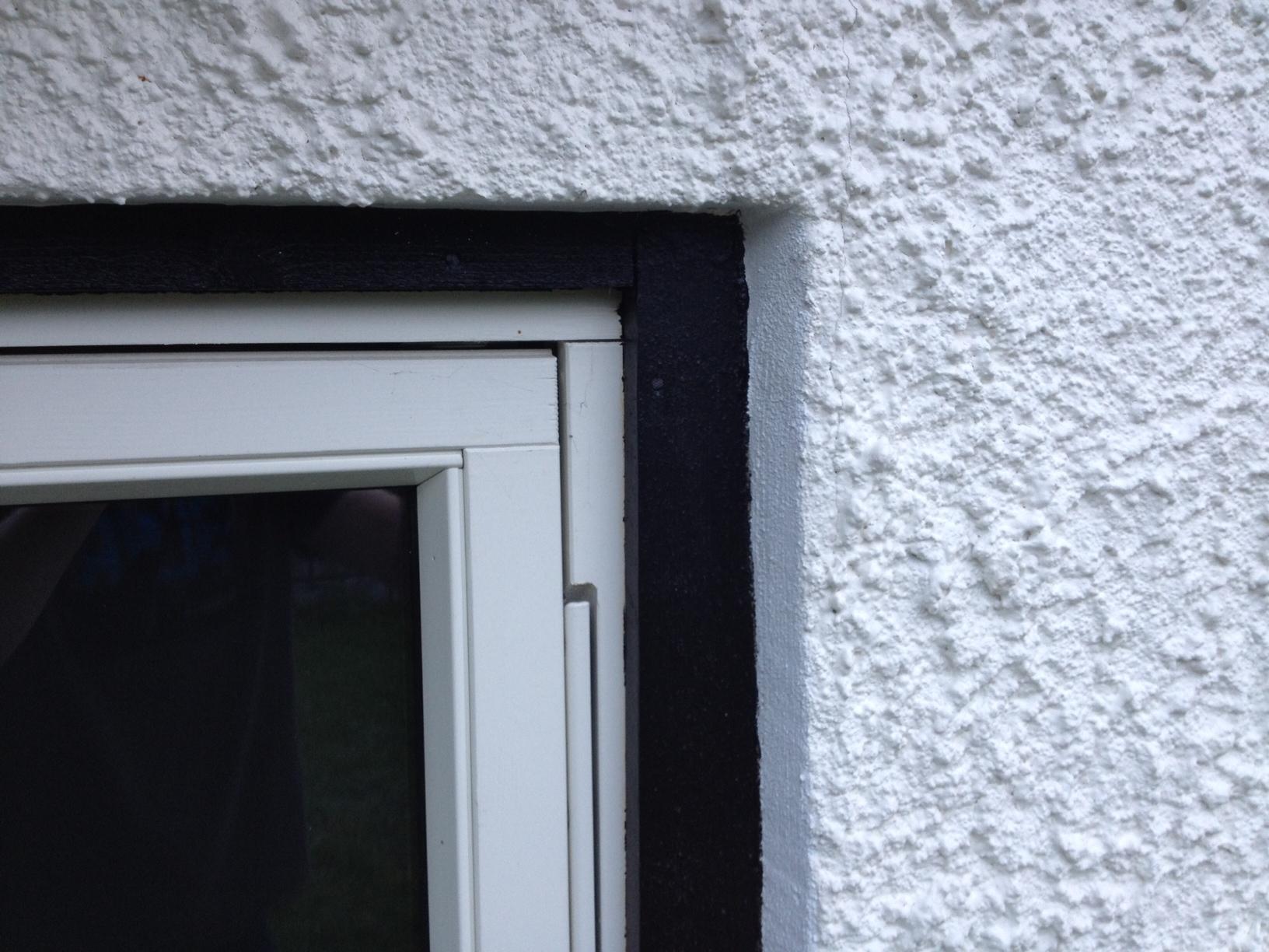 Sette inn vindu i leca vegg