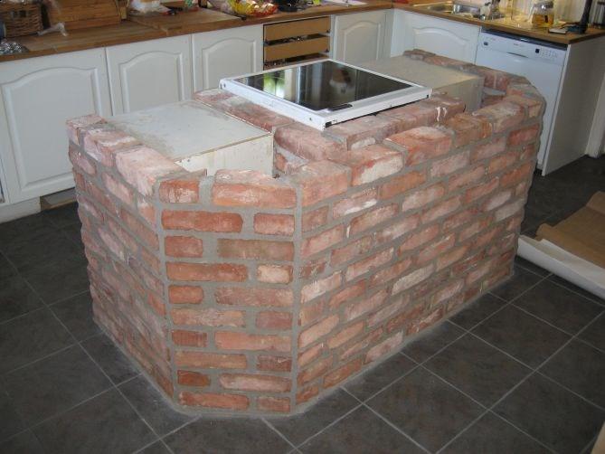 Mure inn kjøkkenøy med murstein!   byggebolig.no