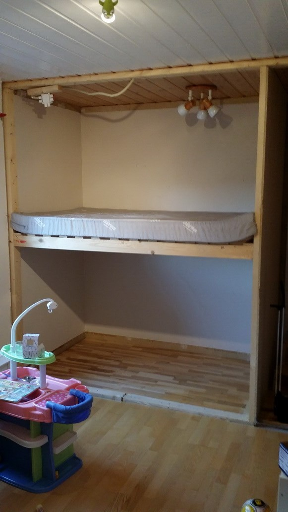 Hjelp til bygging av seng og lesekrok - ByggeBolig.no