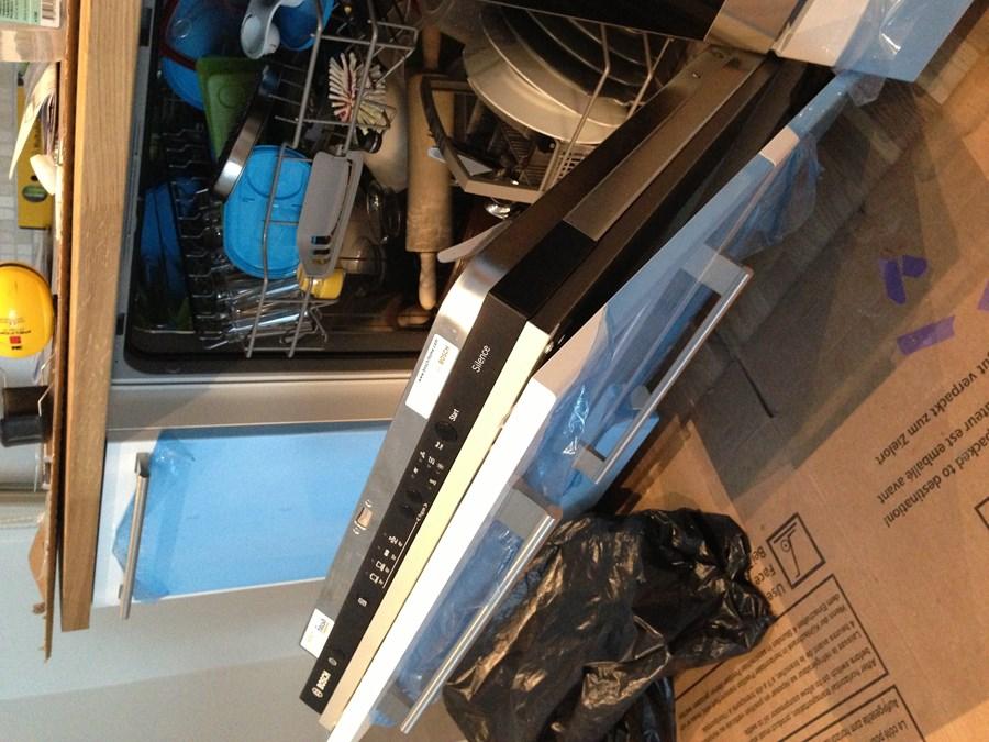 bosch oppvaskmaskin passer ikke i den nye kj kkenserien. Black Bedroom Furniture Sets. Home Design Ideas