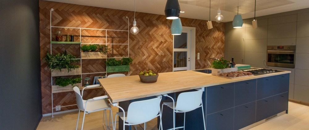 Kjøkkenøy til både arbeid og spising - erfaringer? - ByggeBolig.no