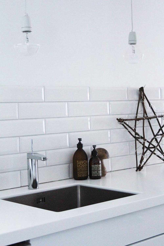 benkeplate i akryl fra ikea noen som har byggebolig. Black Bedroom Furniture Sets. Home Design Ideas