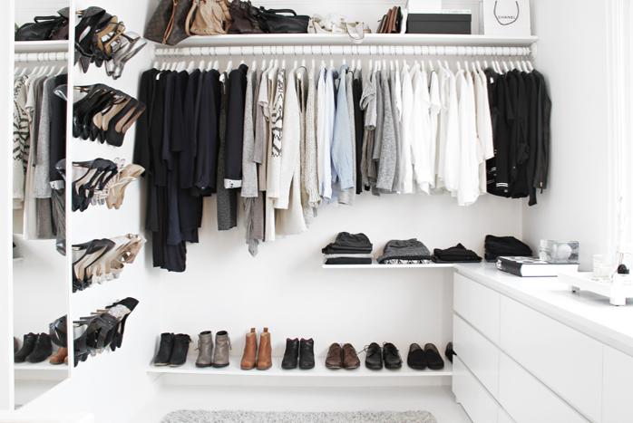 Moderne Hjelp til lite walk-in closet - ByggeBolig OF-16