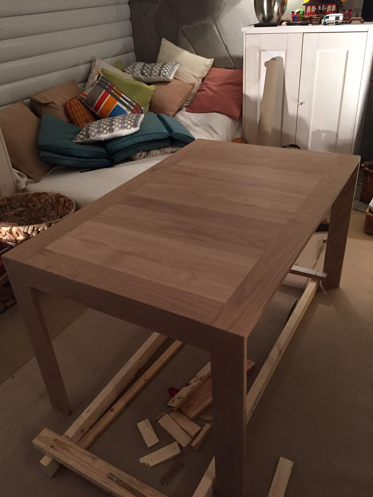 Spisebord i eik ByggeBolig