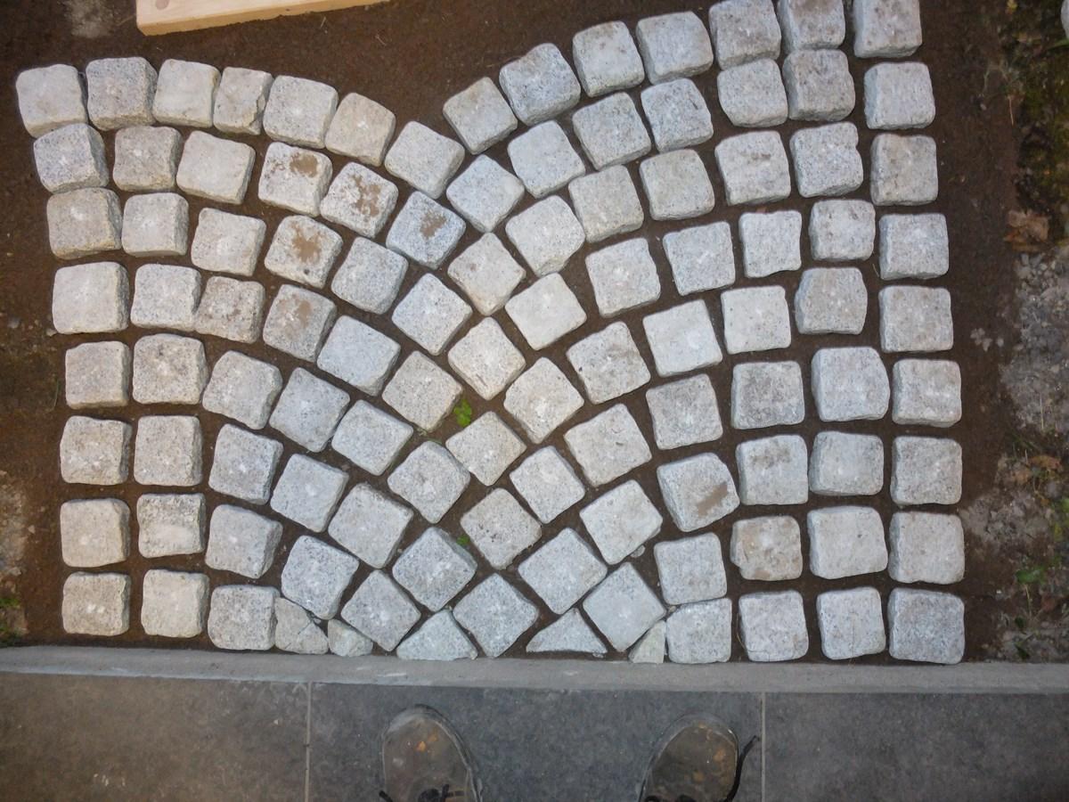 ede453da8 Brostein (granitt) legging og fuging - ByggeBolig