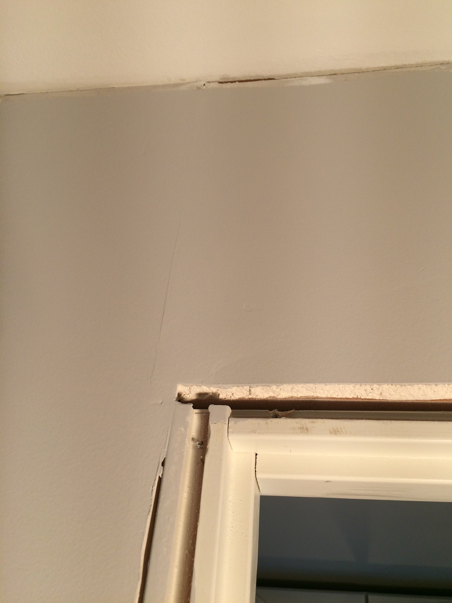Renoveringsgipsplate brukes ved renovering og oppussing av eksisterende vegger som f.eks murpuss og plankevegger
