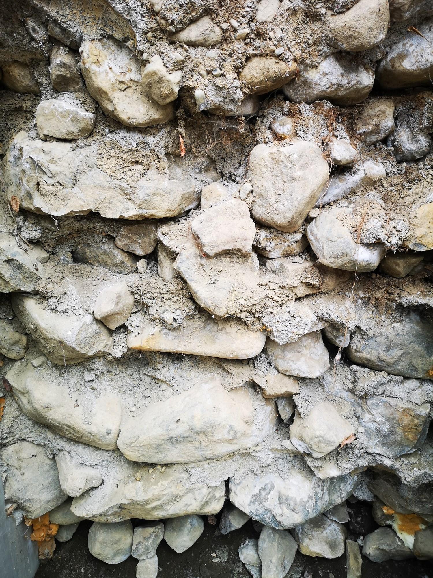 Støping av mur